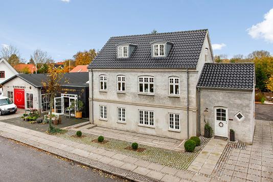 Villa på Bygaden i Horsens - Ejendommen