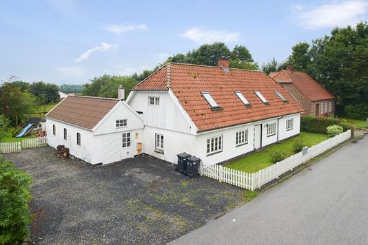 Villa på Oudrupgårdsvej i Hovedgård - Mastefoto