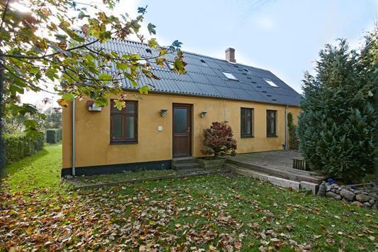 Villa på Hovedvejen i Juelsminde - Ejendommen
