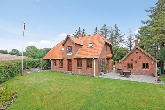 Villa på Marienlundvej i Juelsminde - Ejendommen