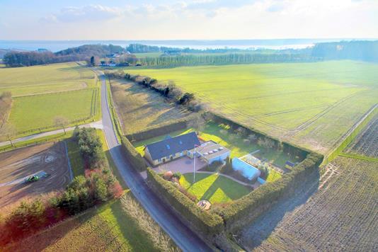 Villa på Storskovvej i Daugård - Luftfoto