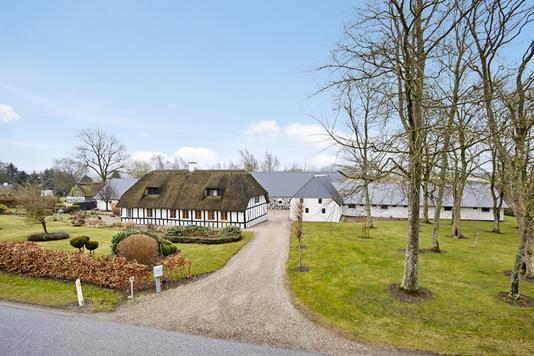 Landejendom på Gl Kattrupvej i Gedved - Mastefoto