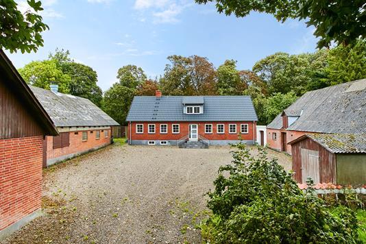 Landejendom på Østre Molgervej i Horsens - Ejendommen