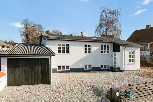 Villa på Borgmestervej i Horsens - Ejendommen