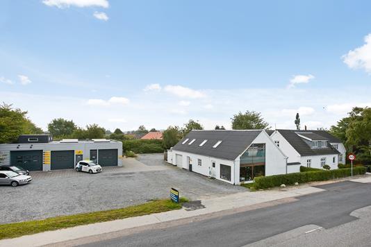 Villa på Egebjergvej i Gedved - Ejendommen