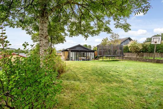 Villa på Møllevej i Hovedgård - Have