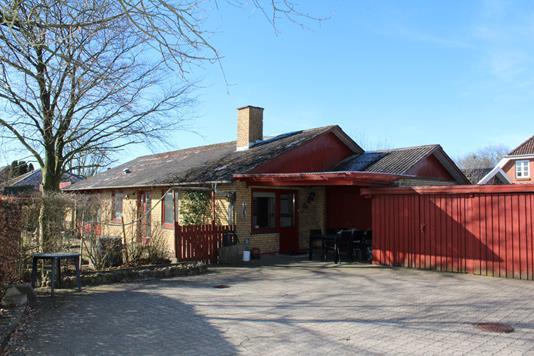 Villa på Brændstrup Røddingvej i Rødding - Ejendommen