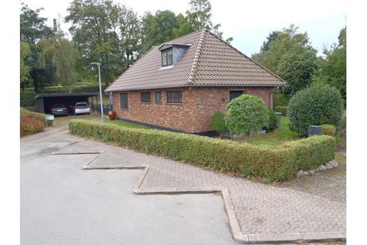Villa på Adservej i Rødding - Ejendommen