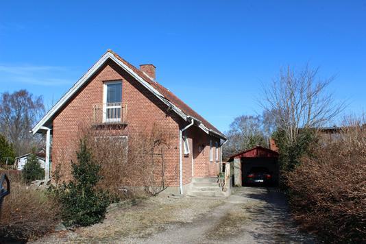 Villa på Sdr Tingvej i Rødding - Ejendommen