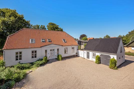 Villa på Tingvej i Rødding - Ejendommen
