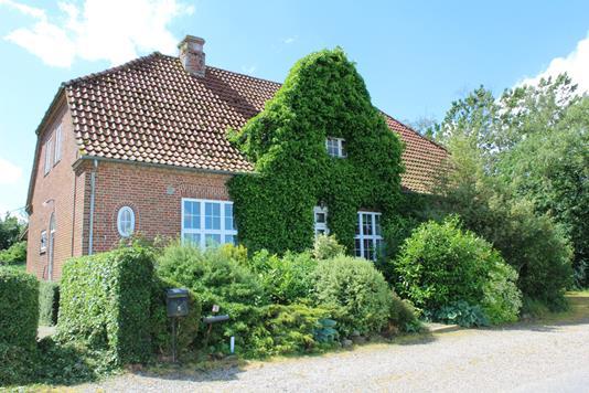 Villa på Mejlbyvej i Lintrup - Ejendommen