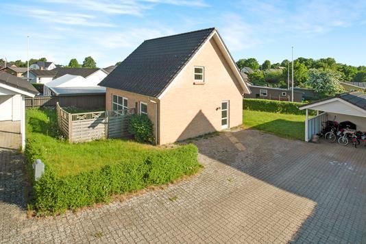 Villa på Ågårdvej i Egtved - Ejendommen