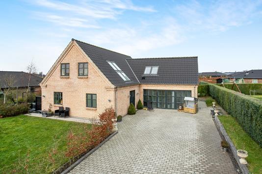 Villa på Buhlsvej i Viuf - Ejendom 1