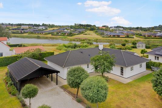 Villa på Dollerup Engsø i Lunderskov - Luftfoto