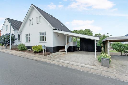 Villa på Dybbølvej i Kolding - Ejendommen