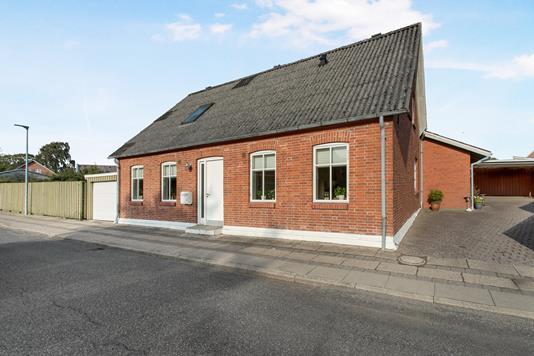 Villa på Grønnegade i Vamdrup - Ejendommen
