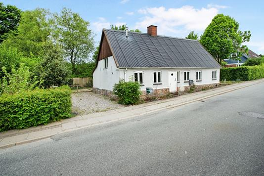 Villa på Hjarup Byvej i Vamdrup - Ejendommen