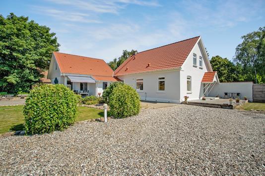 Villa på Hovedvejen i Egtved - Ejendommen