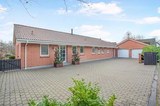 Villa på Kærvej i Egtved - Ejendommen
