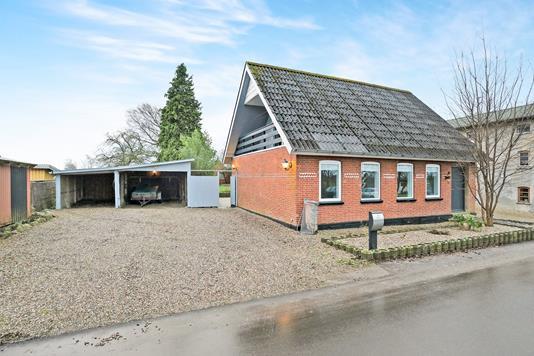 Villa på Lejrskovvej i Jordrup - Ejendommen