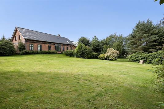Villa på Østergade i Lunderskov - Ejendommen