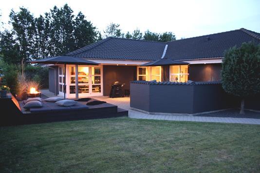 Villa på Stagebjergparken i Almind - Ejendommen