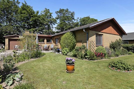 Villa på Svalevej i Lunderskov - Ejendommen