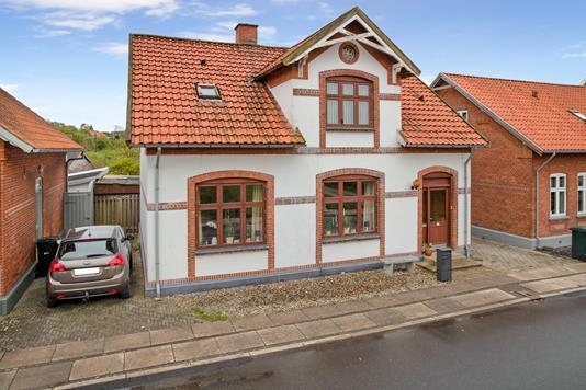 Villa på Vestergade i Lunderskov - Ejendommen