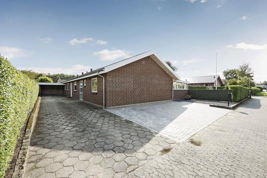 Villa på Riisagersvej i Holstebro - Ejendommen
