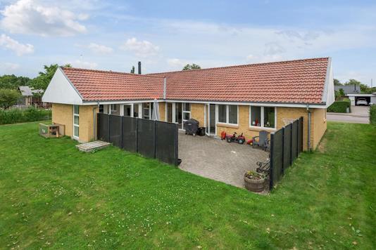 Villa på Hvedevænget i Holstebro - Ejendommen
