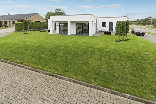 Villa på Prins Buris Vej i Holstebro - Ejendommen