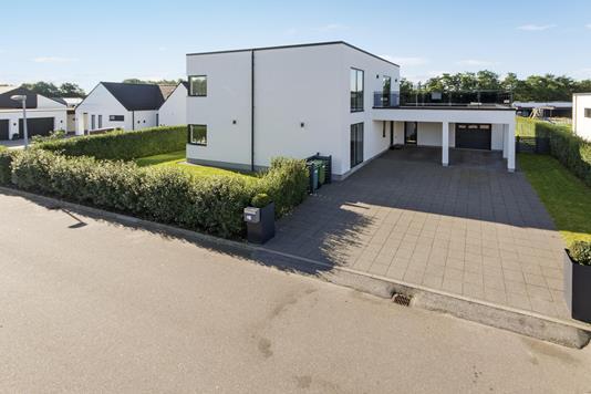 Villa på Tingagervænget i Holstebro - Ejendommen