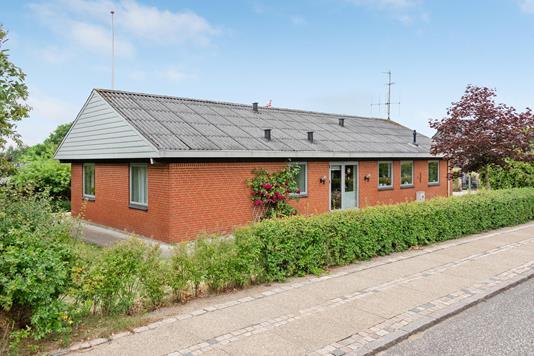 Villa på Brattingbjerg i Struer - Ejendommen