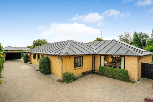 Villa på Tangsvej i Holstebro - Ejendommen