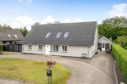 Villa på Krunderupparken i Holstebro - Ejendommen