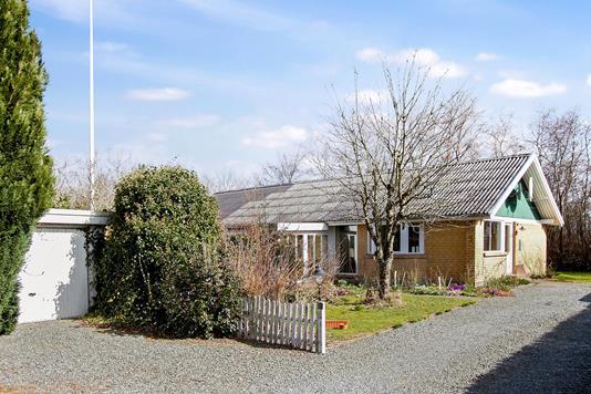 Villa på Egeparken i Rødekro - Set fra vejen