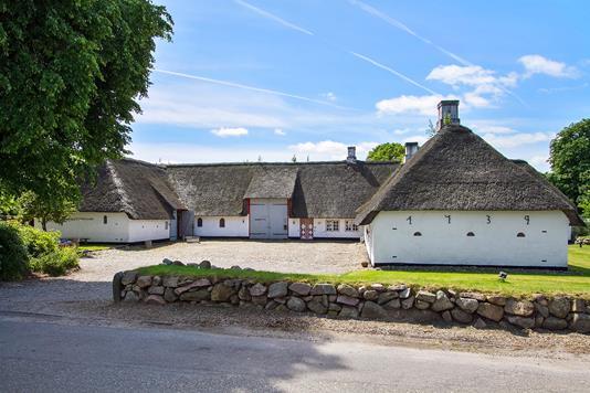 Landejendom på Røllum Bygade i Aabenraa - Ejendommen
