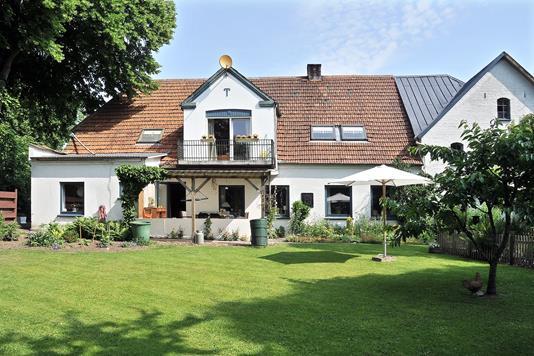 Villa på Uge Bygade i Tinglev - Ejendommen
