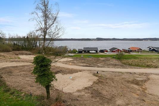 Fritidsgrund på Sønderballe Strand i Haderslev - Set fra vejen