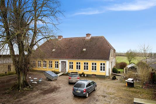 Landejendom på Søndermarksvej i Aabenraa - Set fra haven