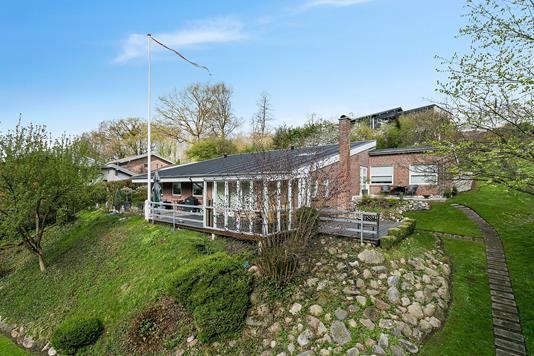 Villa på Husholt i Aabenraa - Set fra haven