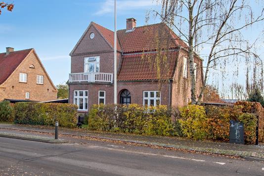 Villa på Forstalle i Aabenraa - Set fra vejen