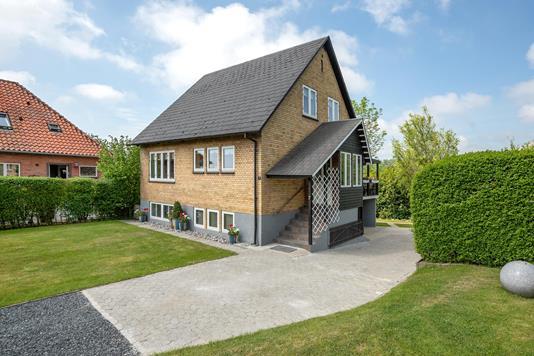 Villa på Tækkerløkke i Aabenraa - Ejendommen