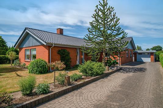 Villa på Vestervang i Rødekro - Set fra vejen