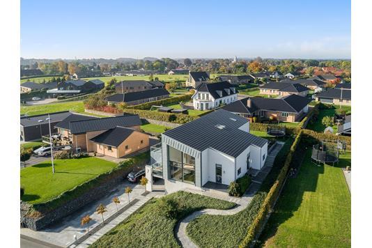 Villa på Barsøvænget i Aabenraa - Luftfoto