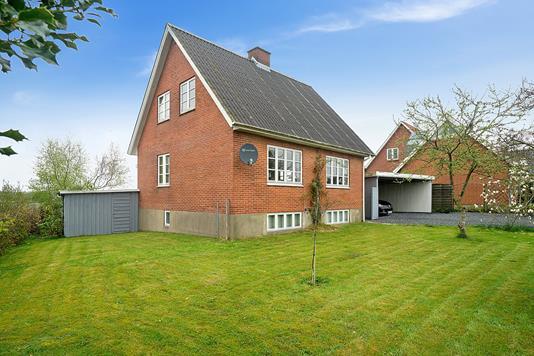 Villa på Stubbæk Vestergade i Aabenraa - Set fra haven