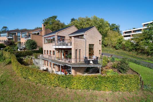 Villa på Nørreskovvænget i Aabenraa - Set fra haven