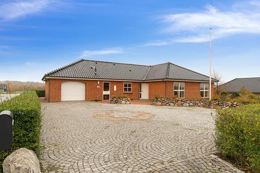 Villa på Midtløkke i Aabenraa - Set fra vejen