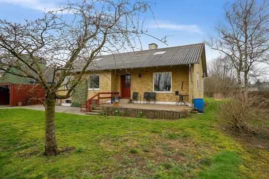 Villa på Toftegårdsvej i Rødekro - Set fra haven