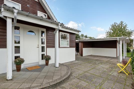 Villa på Løkkegårdsvej i Rødekro - Ejendommen